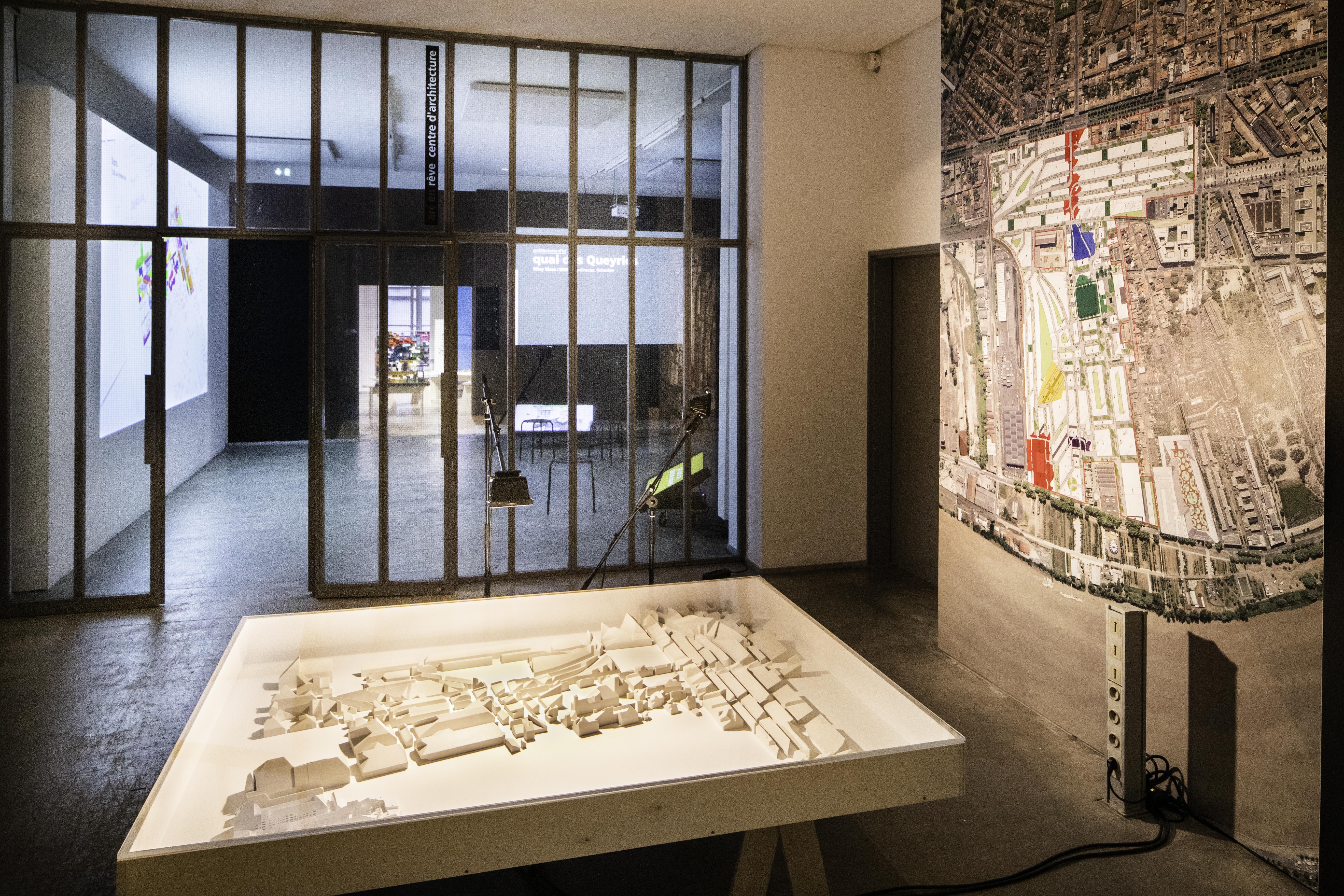 Dans les coulisses de l'expo «Quai des Queyries» à arc en rêve