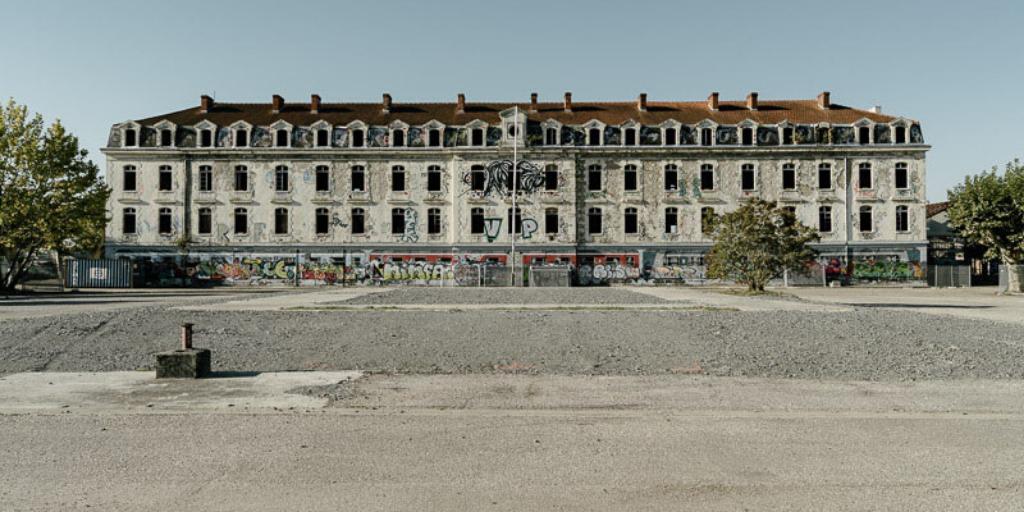 """Christophe Pit : Bastide Niel accueille l'exposition """"bastide niel entre deux"""""""